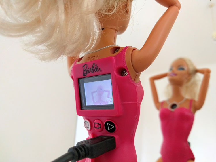 Irgendwas mit Medien - Barbie Videogirl